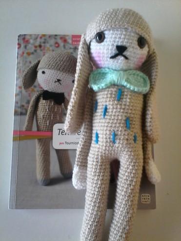Doudou lapin en crochet