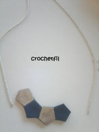 montage collier cuir 13