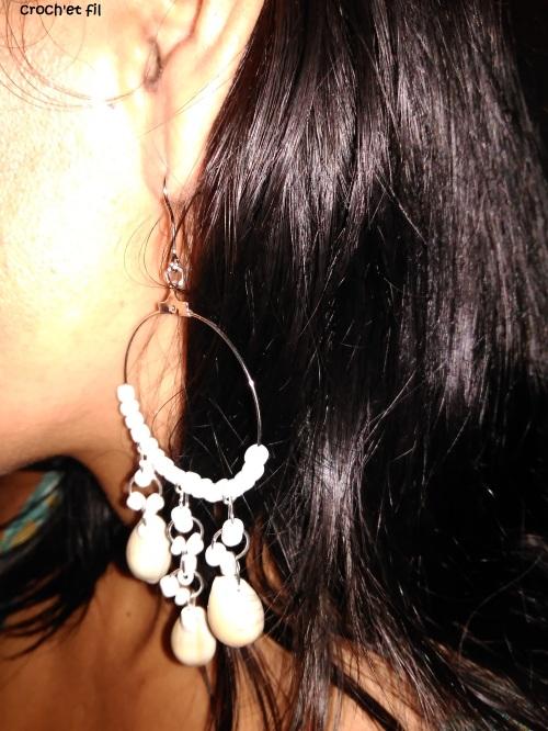 boucles d'oreilles pendantes portées 3