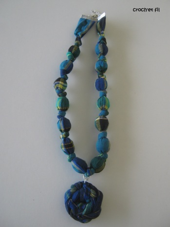 collier-tissu-crochetfil2