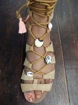 customiser ses sandales avec du wax lubies de filles 4