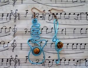 boucles d'oreilles fil aluminium guitare lubies de filles1