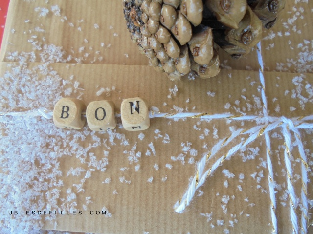 Emballage cadeau projet diy-lubiesdefilles.com 09