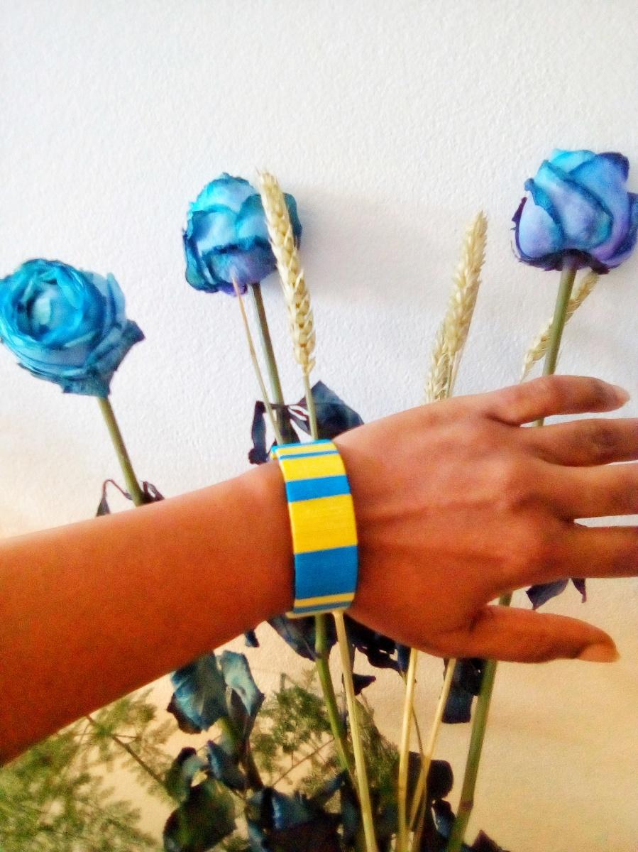 DIY bracelet manchette coloré avec du fil de coton