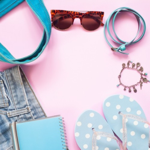 pastel-color-of-woman-accessories-with-smartphone-flat-lay-of-spring-fashion-concept_1428-379