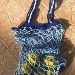 DIY-sac-filet-en-crochet-lubiesdefilles0